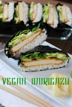 """La Fée Stéphanie: """"Onigirazu"""" ou sushis sandwich, garnis d'une escalope de tofu panée, un régal, vegan et sans gluten!"""
