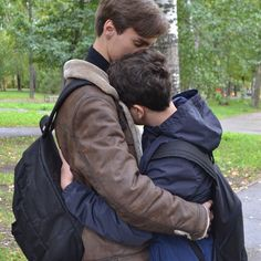 Image about boys in lgbt+ by Paulie on We Heart It Tumblr Gay, Gay Aesthetic, Couple Aesthetic, Gay Mignon, Calin Couple, Gay Lindo, Gay Romance, Parejas Goals Tumblr, Cute Gay Couples