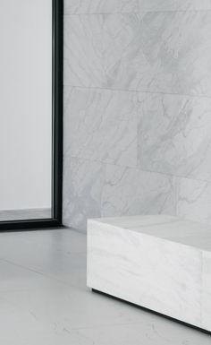 2L Arquitectos | Bank Agency, 2012 | Leiria, PT