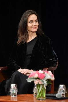 Angelina Jolie Lookbook: Angelina Jolie wearing Bouffant (18 of 41). Angelina Jolie attended the 'Light After Darkness: Memory, Resilience and Renewal in Cambodia' discussion wearing this bouffant-ish hairstyle.