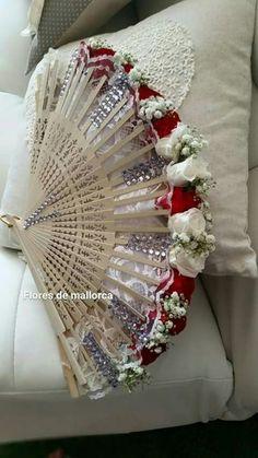 Elegant Wedding, Floral Wedding, Diy Wedding, Wedding Flowers, Engagement Decorations, Wedding Decorations, Wedding Centerpieces, Wedding Bouquets, Flower Boquet