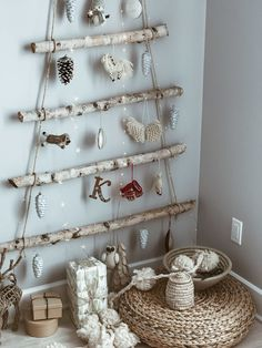Magical Christmas // DIY driftwood Christmas tree ideas // warm and cozy decor // Petite and Bold Magical Christmas, Christmas Mood, Diy Christmas Tree, Christmas Ideas, Beach Christmas, Diy Crafts Magazine, Driftwood Christmas Tree, Driftwood Crafts, Driftwood Wreath