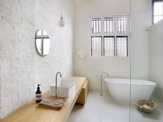 (via Steal This Look: White-Washed Australian Bath : Remodelista)