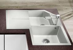 kitchen sinks from Germany's No. advantages, colours and features at a glance Home Upgrades, Kitchen Room Design, Kitchen Ideas, Corner Sink, Bathroom Medicine Cabinet, Kitchen Remodel, Kitchen Sinks, Bathtub, Home Decor