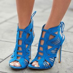 Sexy caged sandals with flattering cutouts