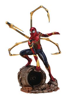 Infinity War Iron Spider Artfx+ Statue Kotobukiya's Marvel Comics ARTFX+ Statues have brought you Avengers, X-Men, Defenders, and more, and the latest series brings to life characters from the recordbreaking and history-making Marvel Studios film Avenger Marvel Comics, Marvel Avengers, Marvel Now, Marvel Infinity, Avengers Infinity War, Marvel Doctor Strange, New 52, Univers Marvel, Age Of Ultron