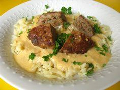 Grécke fašírky | Míniny recepty Grains, Rice, Meat, Food, Meals, Yemek, Laughter, Jim Rice, Eten
