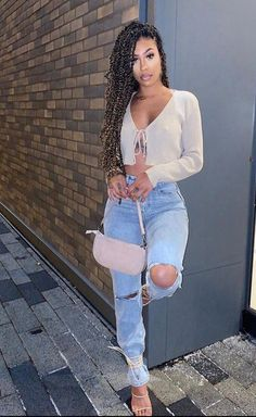 Fancy Going Out Outfits Ideas With Jean To Copy – Trendy Fashion Ideas # Casual Outfits going out hair Classy Outfits, Trendy Outfits, Girl Outfits, Summer Outfits, Cute Outfits, Fashion Outfits, Jean Outfits, Casual Going Out Outfits, Bad And Boujee Outfits