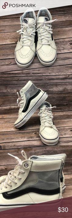 ab356d2dab Vans old skool mesh hi top sneakers 5 skate Women's size 5 Men's size Girls  boys White and black Mesh slim cutout See photos for details Vans Shoes  Sneakers