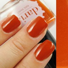 Another shot on the Pumpkin head now available at dariasnails.com #darianailpaint