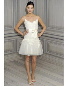 Monique Lhuillier Short Wedding Dress - http://casualweddingdresses.net/monique-lhuillier-wedding-dresses-love-at-first-sight/