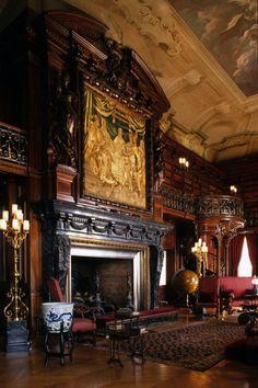 Victorian Interiors, Victorian Homes, Victorian Library, Victorian Decor, Vintage Decor, Decoration Baroque, Biltmore Estate, Home Design, Interior Design