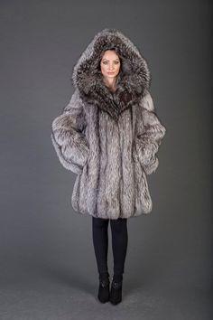 Luxury gift/ Silver Fox Fur coat/Fur jacket full skin / Hooded/Wedding,or anniversary present Faux Fur Parka, Fur Wrap, Cyberpunk Fashion, Fox Fur Coat, Fur Fashion, Furla, Coats For Women, Mantel, Gothic Steampunk