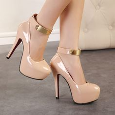 Sexy Metal and Patent Leather Design Women's Pumps Sexy High Heels, Frauen In High Heels, Platform High Heels, Womens High Heels, Women's Pumps, Stilettos, Stiletto Heels, Nude Shoes, Shoes Heels