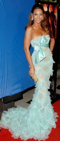 Beyonce wearing Elie Saab Gown