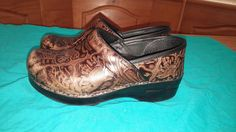 DANSKO WOMEN'S XP PROFESSIONAL SLIP-ON CLOG BROWN FLORAL TOOLED 37 7 MEDIUM $135 #Dansko #Clogs