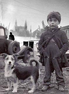 Liverpool kid and his dog, Docklands 1953 Vintage Children Photos, Vintage Pictures, Old Pictures, Vintage Images, Animals For Kids, Cute Animals, Vintage Dog, Jolie Photo, Dog Photos