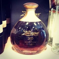 We're unfamiliar with @ronzacapa - however you have to admire the willingness of a brand to develop a bottle this shape and to give it a neck with such character - #cognac #rye #bourbon #whisky #whiskey