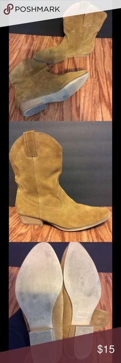 Suede Leather Western Booties EUC Tan Suede Leather Cowgirl Booties! Slip-on style, super comfy, and they look amazing with just about anything from skirts and dresses to skinnies! From a pet & smoke free home. Mossimo Supply Co. Shoes Ankle Boots & Booties