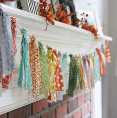 Ideas For Baby Shower Banner Diy Girl Fabric Garland Rag Garland, Fabric Garland, Fabric Bunting, Buntings, Fabric Banners, Garland Ideas, Scrap Fabric, Quilting Fabric, Fabric Sofa