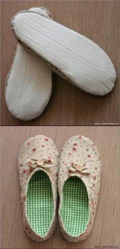 ARTE COM QUIANE - Paps e Moldes de Artesanato : Molde e explicação do sapato de tecido Sewing Crafts, Sewing Projects, Cute Baby Shoes, Knitted Slippers, Sewing Techniques, Free Sewing, Tama, Sewing Patterns, Crafty