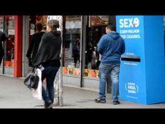 Maquina expendedora de Condones, donde pagas con cigarros