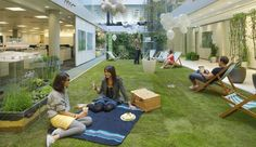 <3 we are in love with green spaces in the office! #greee #office