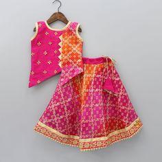 Kids Frocks, Frocks For Girls, Dresses Kids Girl, Little Girl Outfits, Baby Dresses, Baby Girl Dress Design, Girls Frock Design, Baby Girl Dress Patterns, Designer Kids Clothes