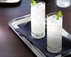 Sparkling Collins Royale Cocktail Recipes, Cocktails, Drinks, Glass Of Milk, Sparkle, Craft Cocktails, Drinking, Beverages, Cocktail
