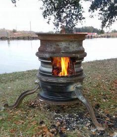 Rim fire pit