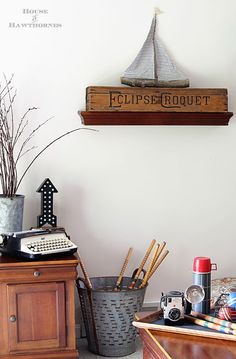 Love this rustic vintage style summer decor #home