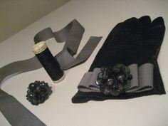 Embellised Gloves-10 DIY Gloves Makeovers