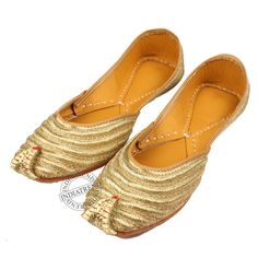 Our GOLDEN ZARI METALIC LEATHER KHUSSA MOJARI JUTI  by Indiatrend. Shop Now at WWW.INDIATRENDSHOP.COM