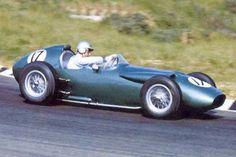 1960 GP Holland (Zandvoort): Aston Martin (Roy Salvadori): a lovely front-engined GP car in a new rear-engine era. Grand Prix, Fairy Shoes, Aston Martin Lagonda, Formula 1 Car, Vintage Race Car, F1 Racing, Indy Cars, Car And Driver, World Championship