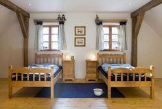 Ložnice v prázdninovém domě Majdalenka Bunk Beds, Toddler Bed, Kids Room, Entryway, Farmhouse, Cottage, Country, Architecture, Furniture