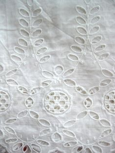 - Zakka White Country Floral Lace Border Soft S