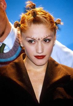 gwen stefani 90s rave hairstyles with mini buns #hairstyles #iconic