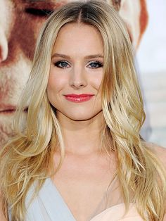 Kristen Bell - Goal for Hair Length :-) Hollywood Fashion, Hollywood Actresses, Hollywood Style, Hot Actresses, Prettiest Actresses, Beautiful Actresses, Le Jolie, Angelina Jolie, Most Beautiful Hollywood Actress
