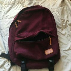 Vans maroon fabric backpack Looks small but actually holds more than it looks! Used it three times at most. Zipper and straps both in perfect condition and is very sturdy Vans Bags Backpacks Vans Backpack, Backpack Bags, Diaper Backpack, Small Backpack, Cute Backpacks, School Backpacks, My Bags, Purses And Bags, Vans Bags