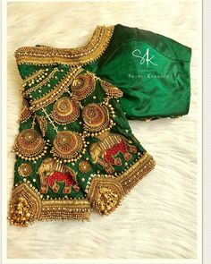 Have a look at the latest blouse designs trends for this year. Blouse Back Neck Designs, Hand Work Blouse Design, Simple Blouse Designs, Stylish Blouse Design, Fancy Blouse Designs, Traditional Blouse Designs, Lehenga, Anarkali, Sarees