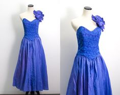VTG 80's Iridescent Violet Lace Party Dress (Small / Medium) Asymmetric Ball Gown Sweetheart Prom Cocktail Princess Gown Blue Purple Vintage Prom Dress
