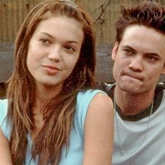 Hot: Mandy Moore digs up a Walk to Remember prop