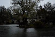 Pont de Moret-sur-Loing : photo prise avec filtre ND 400 HOYA et retouchée en croquis à l'encre avec paint.net