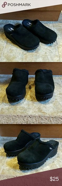 "Rocket Dog wedges Black Leather Rocket Dog wedges. Size 9M. Great shape. 3"" high. Rocket Dog  Shoes Wedges"