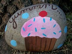 Tutorial on how to paint rocks for outside.  Must do this with Syd for her garden.
