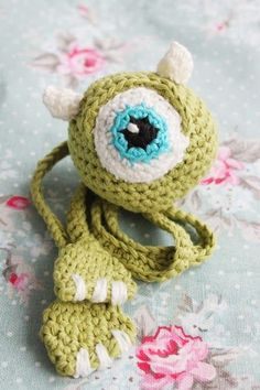 King & majkis: Crochet Monsters Inc bookmark. With patterns.