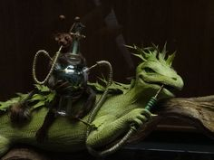 fabelhafte wesen    Fabulous Creatures Feather Figurines Collection (fabelhafte Wesen)