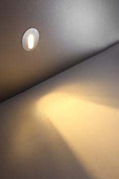 Sposób montażu: ścienny, wpuszczany - lampa może być montowana w płytę gipsowo - kartonową Led Stair Lights, Stair Lighting, Wall Lights, Candle Lamp, Led Lamp, Candles, Stairs, Inspiration, Design Ideas