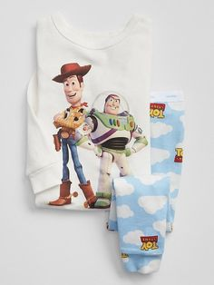 Browse a selection of Gap toddler boys sleep sets, one-piece pajamas and robes. Tuck in your little guy in cute toddler boy sleepwear from Gap. Disney Pjs, Baby Disney, Disney Clothes, Luxury Baby Clothes, Cute Baby Clothes, Kids Pjs, Boys Pajamas, Toddler Underwear, Toy Story Baby