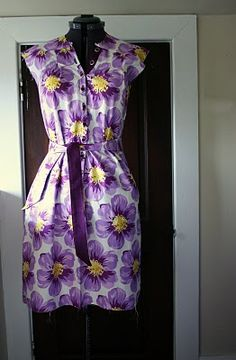 Shirtwaist Dress Tutorial and Pattern. The pattern is in German, but the tutorial translates everything. Very cute.